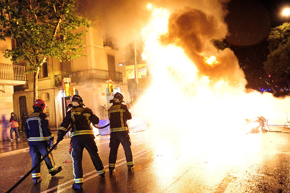 Barcelona Can Vies flames