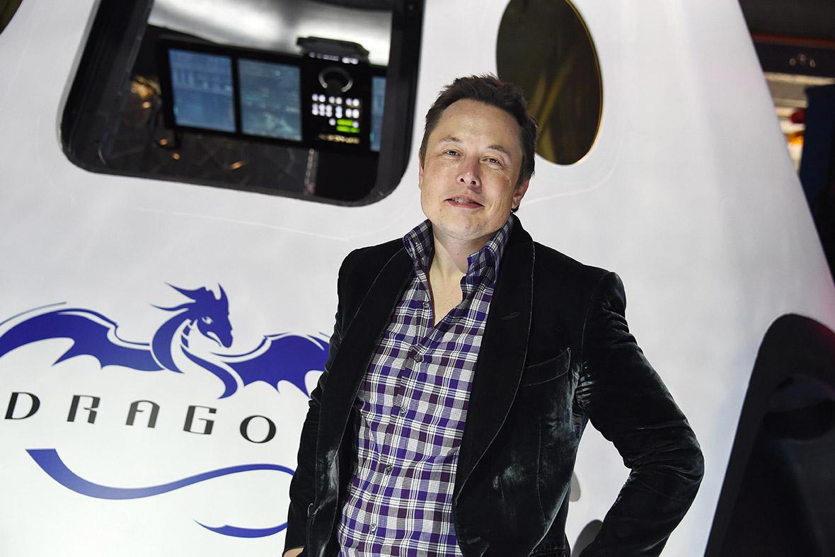 Elon Musk SpaceX Dragon V2