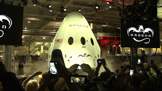 Elon Musk Unveils Sleek New SpaceX Spaceship