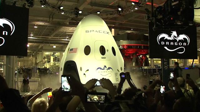 Elon Musk Unveils Sleek New SpaceX Spaceship