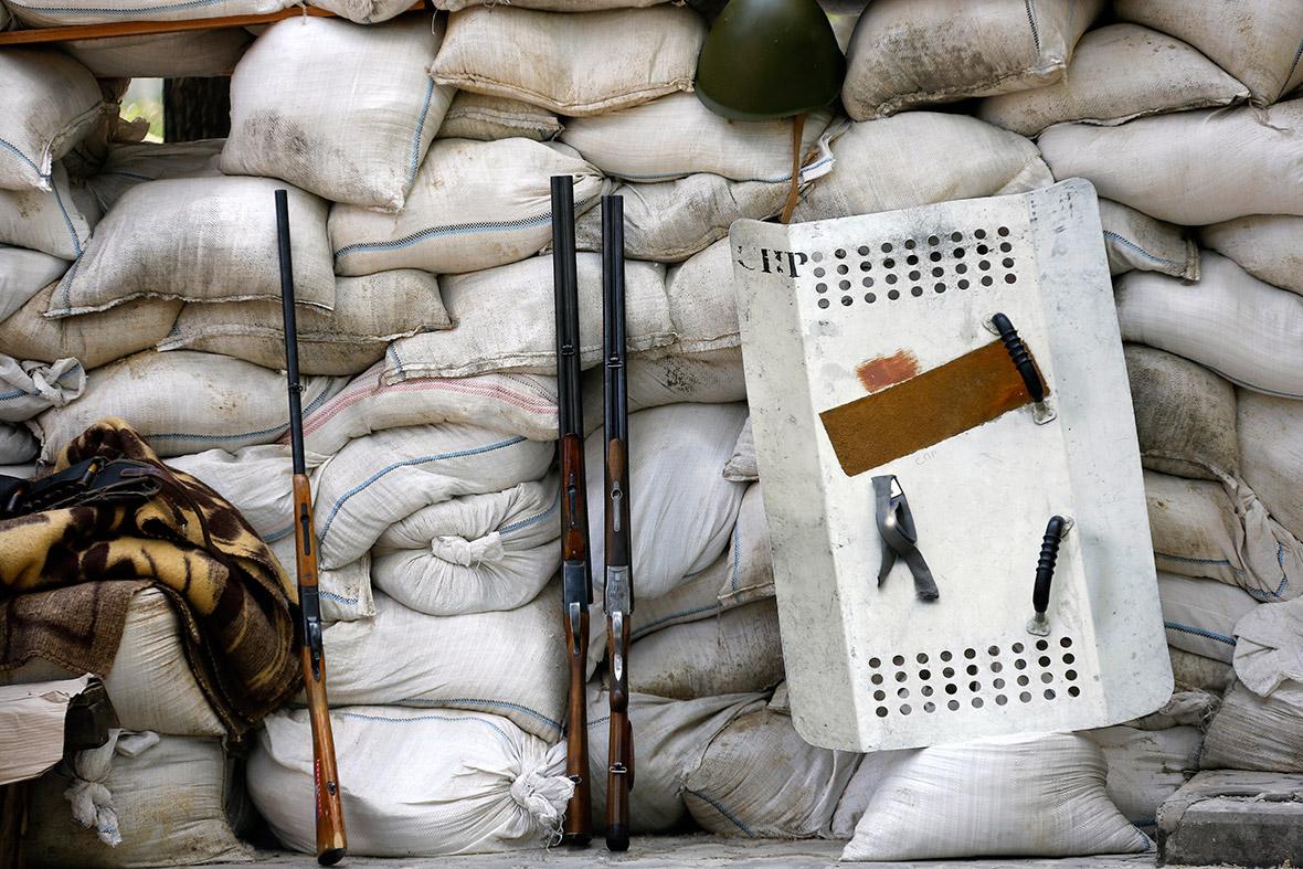 Pro-Russian militia eastern Ukraine checkpoint