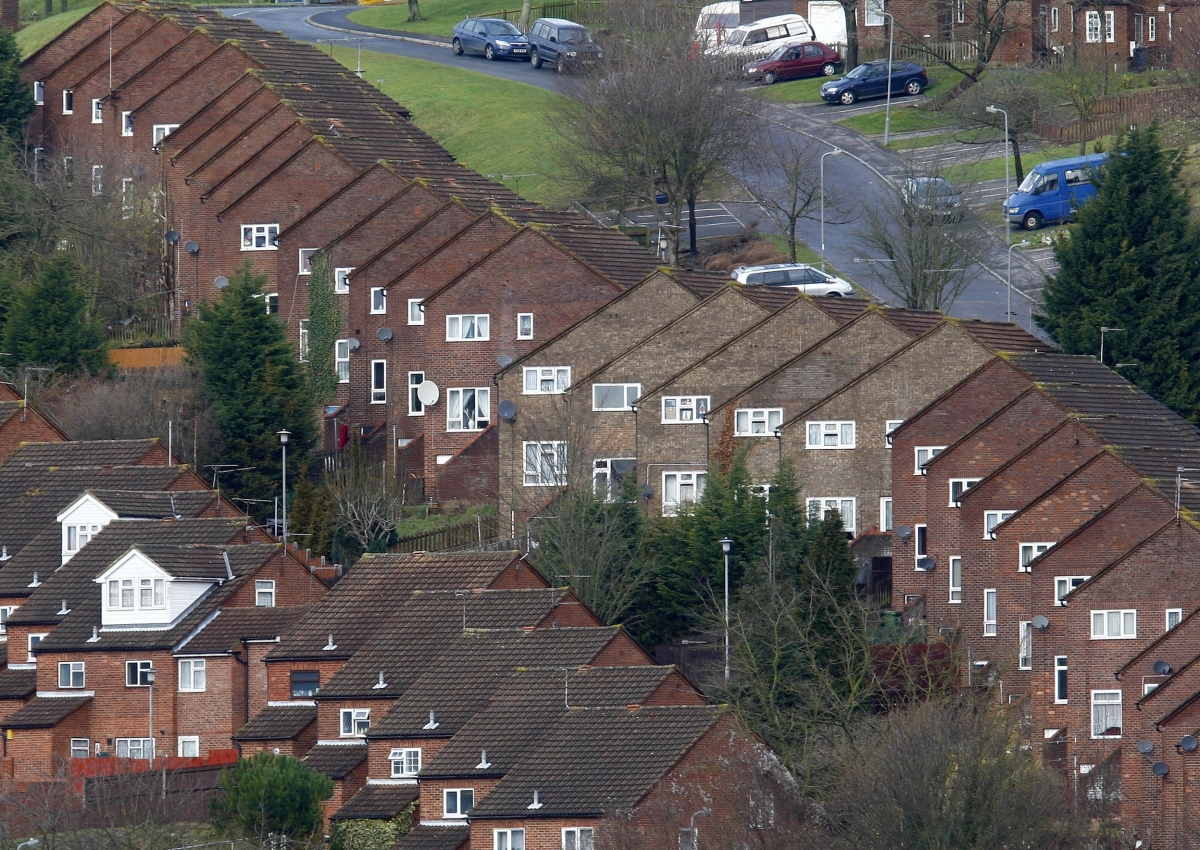Tories pledge to build 100 000 homes and 20 discount for for Build a house for under 100k