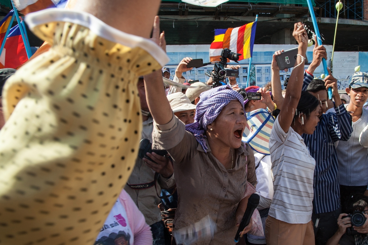 Cambodia Garment Workers and Labour Activists Freed by Suspended Sentence Ruling