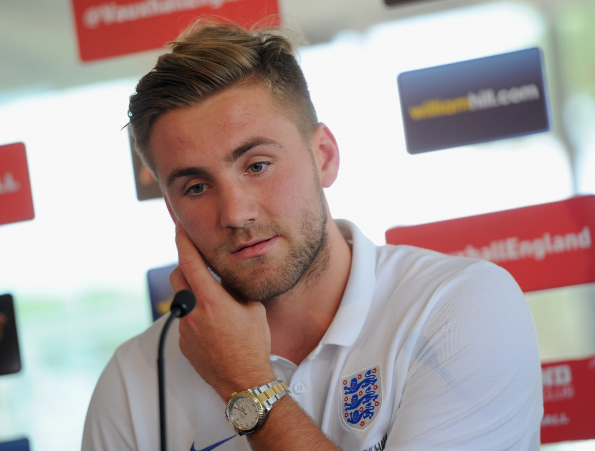 Luke Shaw to Undergo Medical Ahead of Manchester United Move