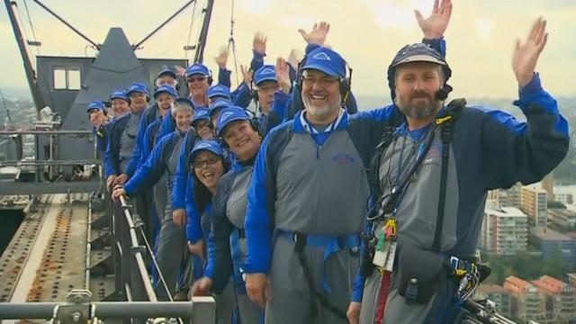 Sydney Harbour Bridge Climb Sets Two World Records