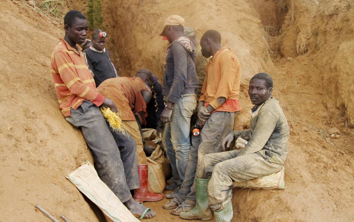 exploitation of conflict minerals in the congo politics essay This article ultimately concludes that the conflict minerals rule is a poor choice for human rights legislation for corporations because the law's flaws may lead to unintended and devastating consequences for the very beneficiaries it intends to help- the congolese people.