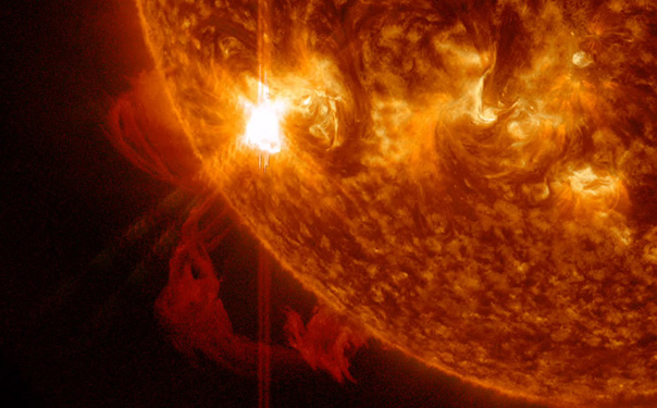 NASA's IRIS captures an enormous eruption of solar material