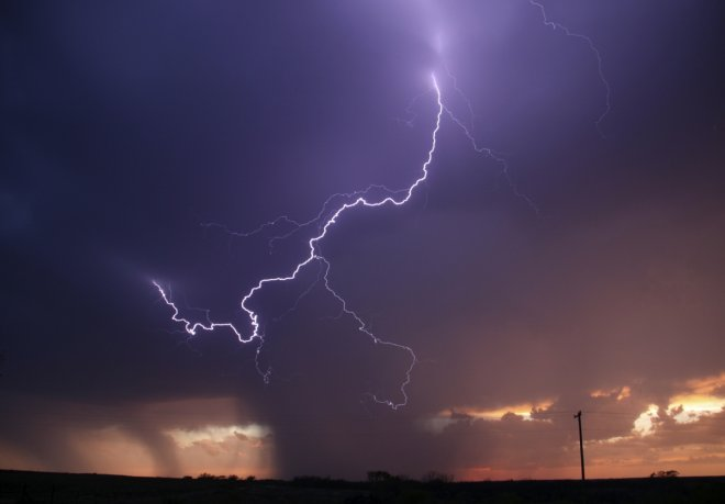 India: Lightning Kills 13 in West Bengal