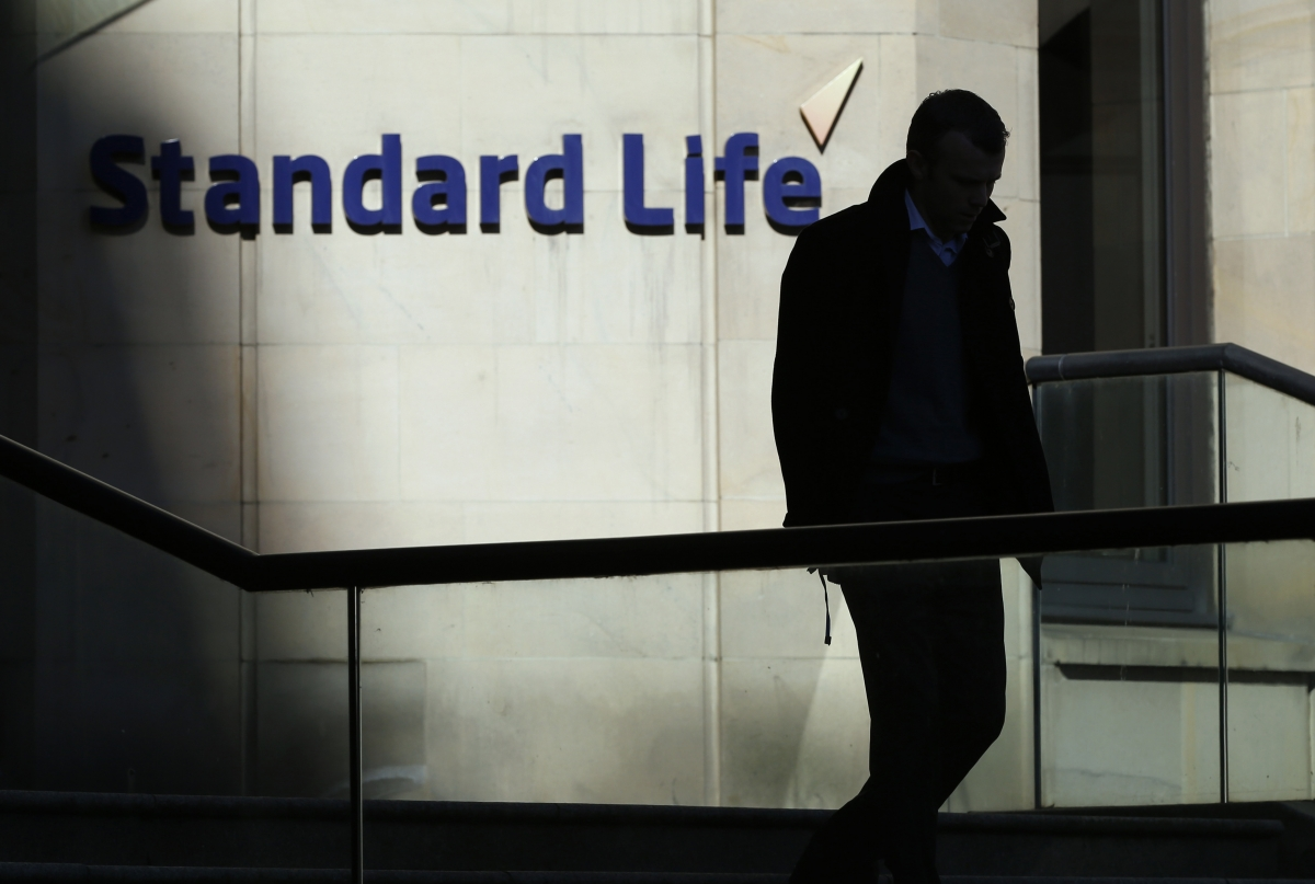 Standard Life Shares Jump on Sale of Canadian Assets for $2.2bn Cash