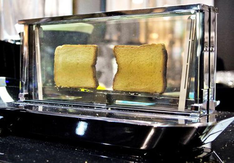 Bugatti Noun Toaster