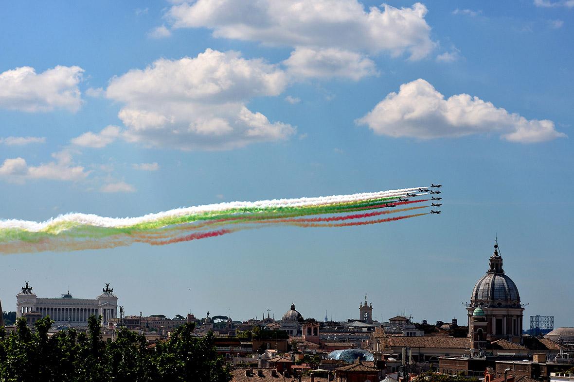 Italy republic day planes