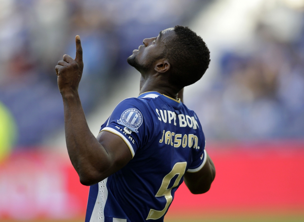 Porto's Jackson Martinez celebrates his goal against Benfica during their Portuguese Premier League soccer match at Dragao stadium in Porto May 10, 2014.
