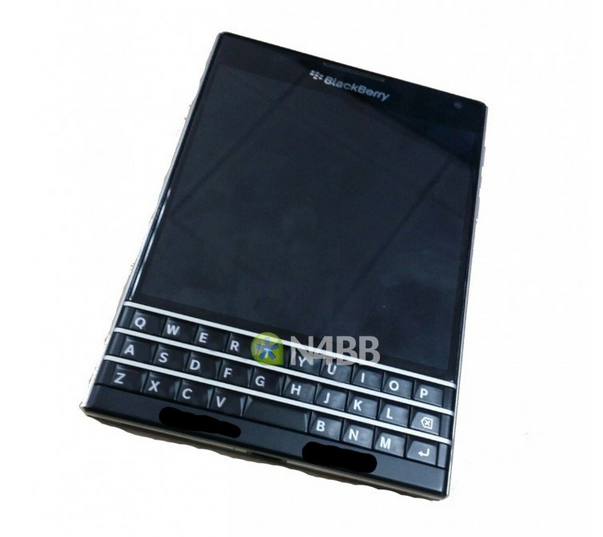 BlackBerry Q30 (Windermere)