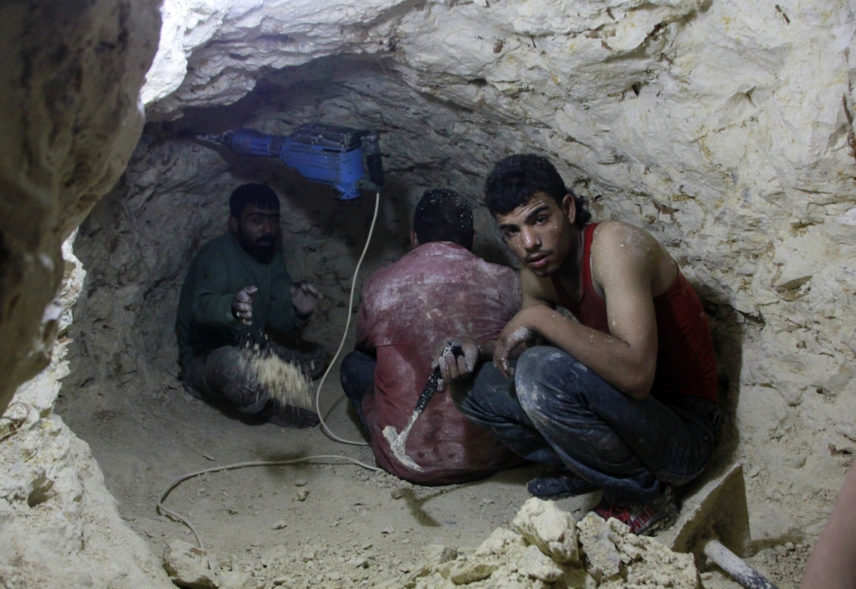 Syria Tunnel Bombs Rebels Aleppo