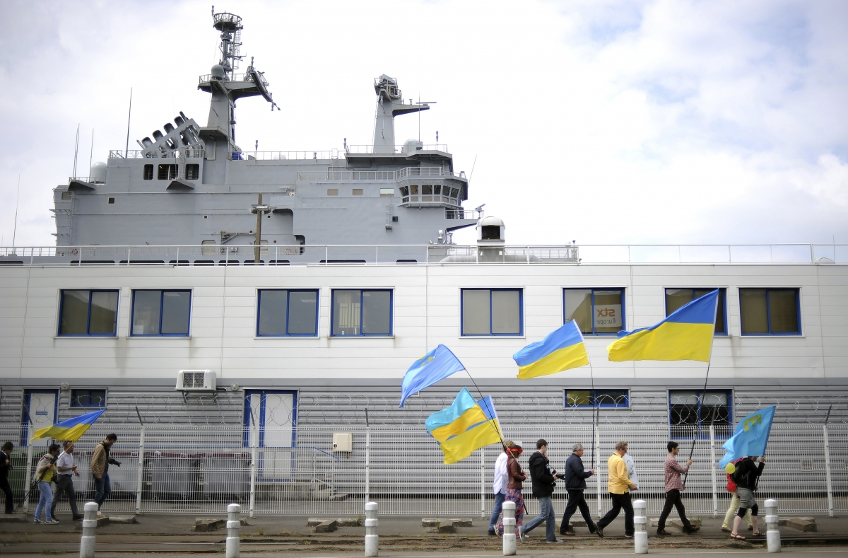 France Russia Deliver Mistral Warships Helicopter Carriers