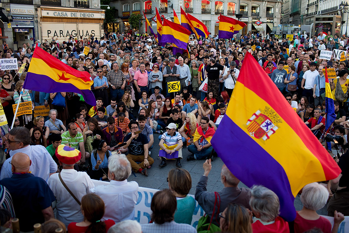 Protesters gather at Madrid's Sol Square to demand a referendum on whether Spain should return to a republic.