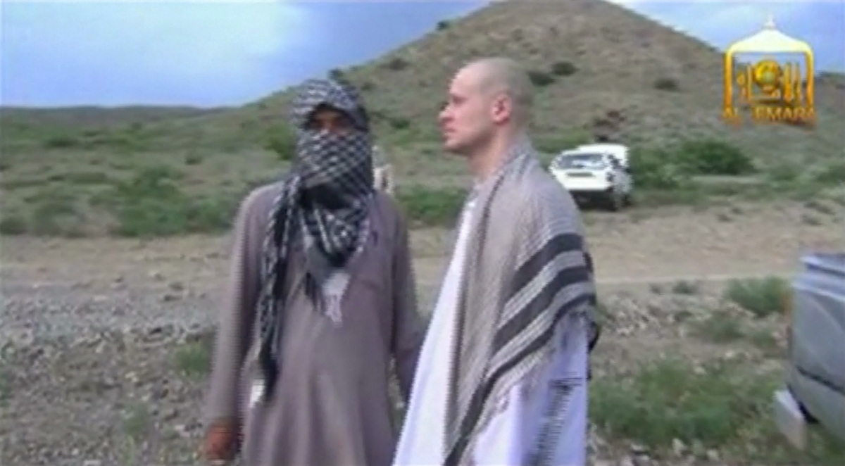 Video of US Sgt Bowe Bergdahl's Handover