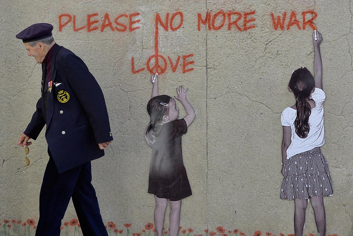 d-day graffiti