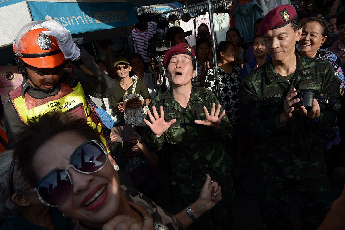 thai army sing