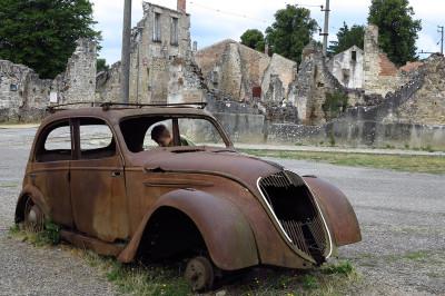 Oradour-sur-Glane car