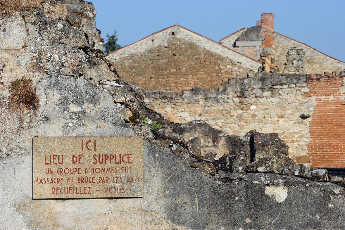 Oradour-sur-Glane sign