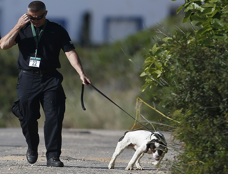 Sniffer dogs have been redeployed by police searching for clues about Madeleine McCann in Praia Da Luz