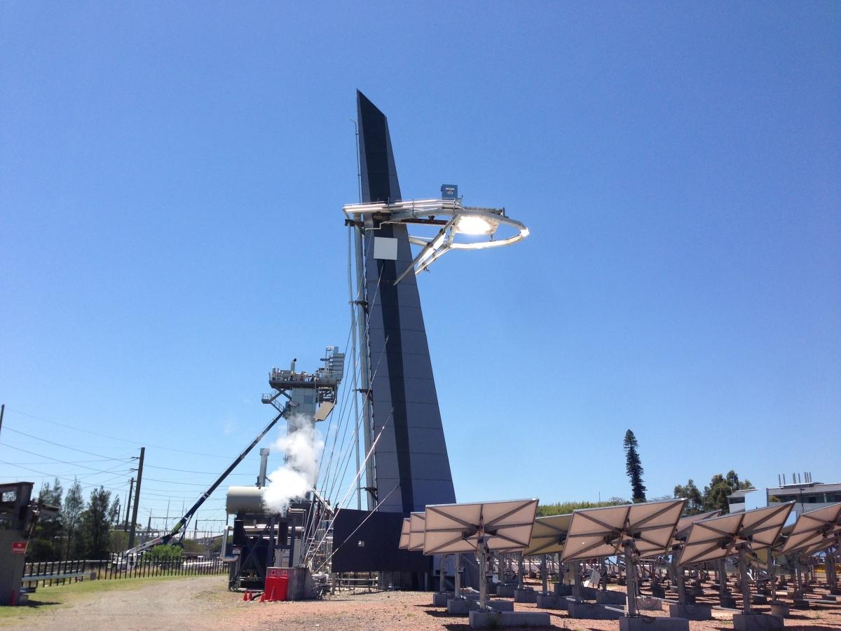 CSIRO Solar tower 1 creating solar steam.
