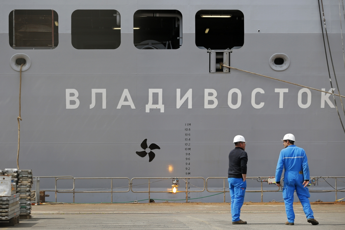 France Russia Mistral warship