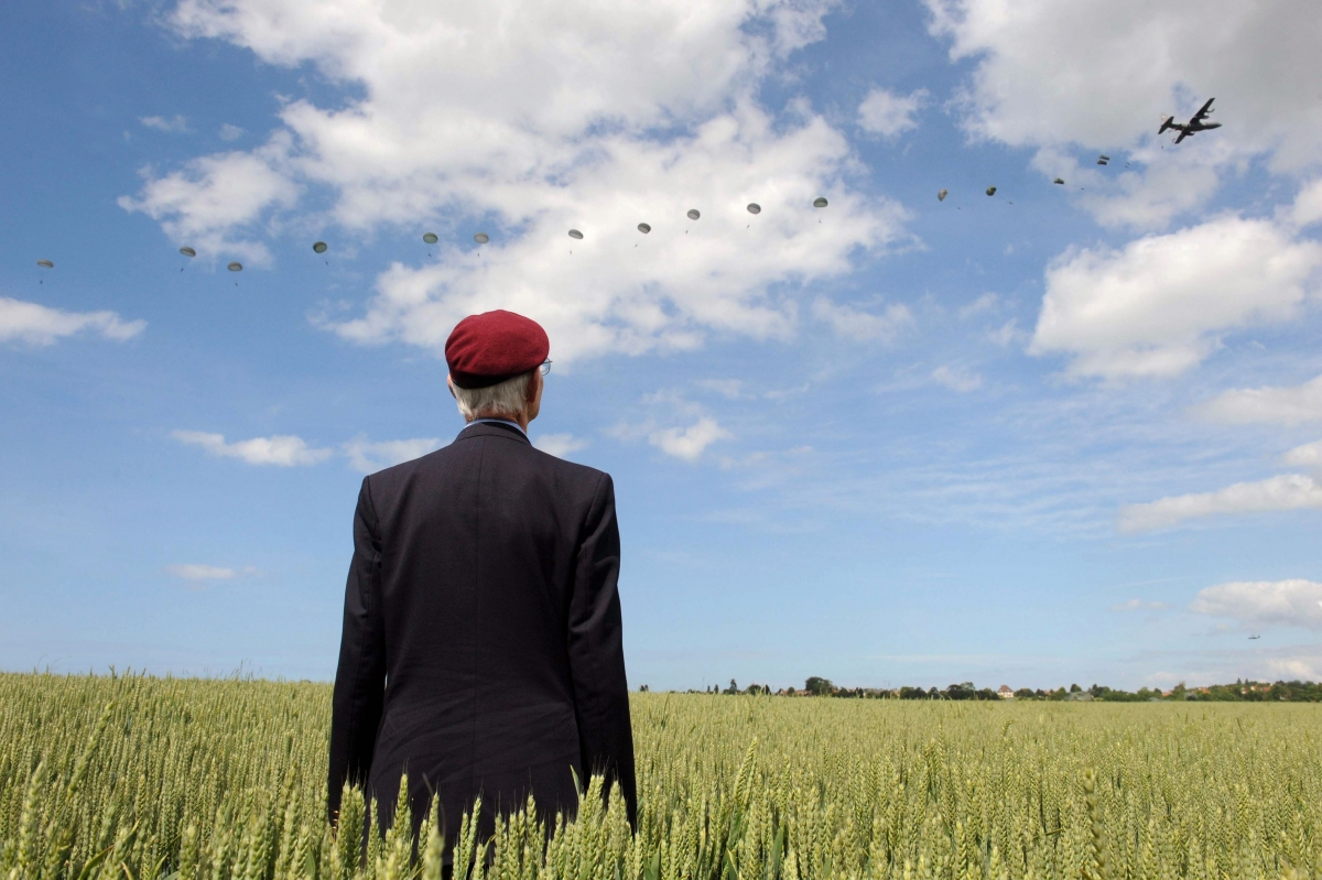 Veteran defied care home ban on attending D-Day commemorations and went to Normandy alone