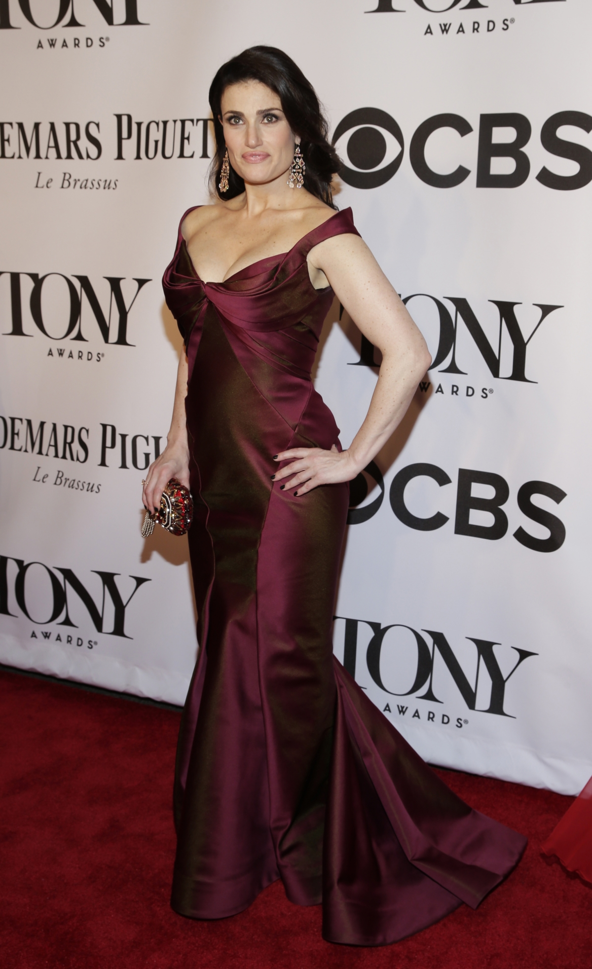 Actress Idina Menzel arrives for the American Theatre Wing's 68th annual Tony Awards at Radio City Music Hall in New York, June 8, 2014.