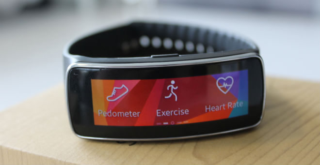 Samsung Gear Fit Review Screen