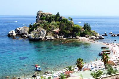 Isola Bella Beach