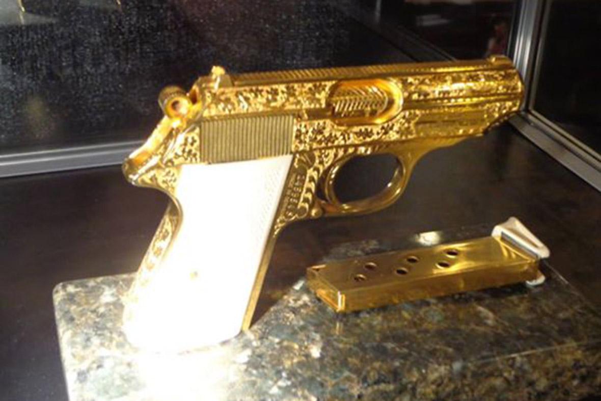 Elvis gold gun