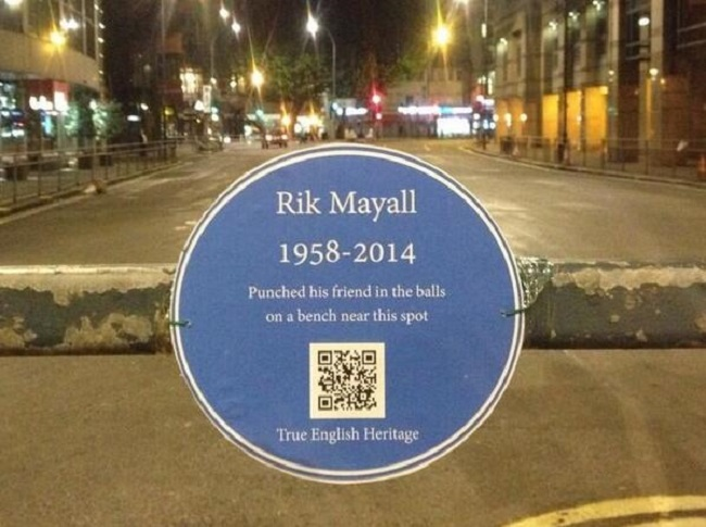 Rik Mayall Blue Plaque
