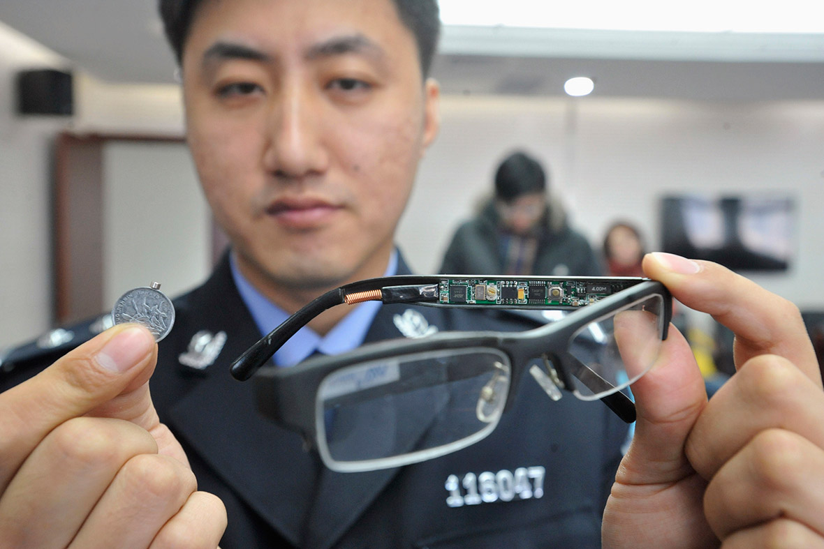 china students use high tech 39 james bond 39 spy devices to cheat in college exams. Black Bedroom Furniture Sets. Home Design Ideas