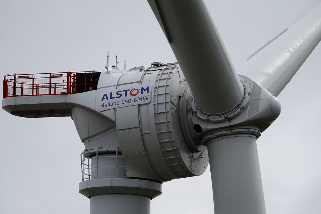 Hitachi Could Join Siemens and Mitsubishi in Bid for Alstom's Energy Assets