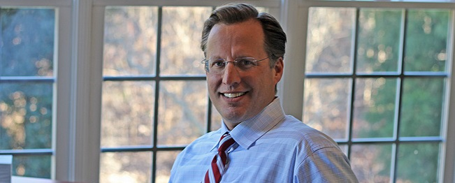 The majority leader in the US House of Representatives, Eric Cantor, was defeated by Tea Party candidate David Brat