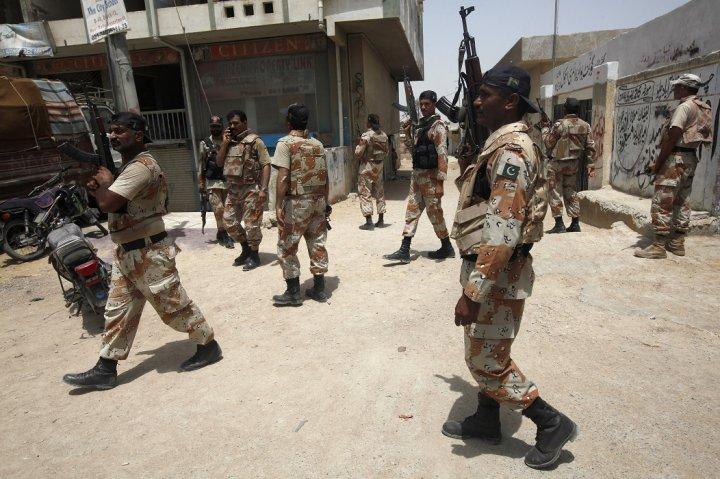 Pakistani soldiers on patrol in Karachi