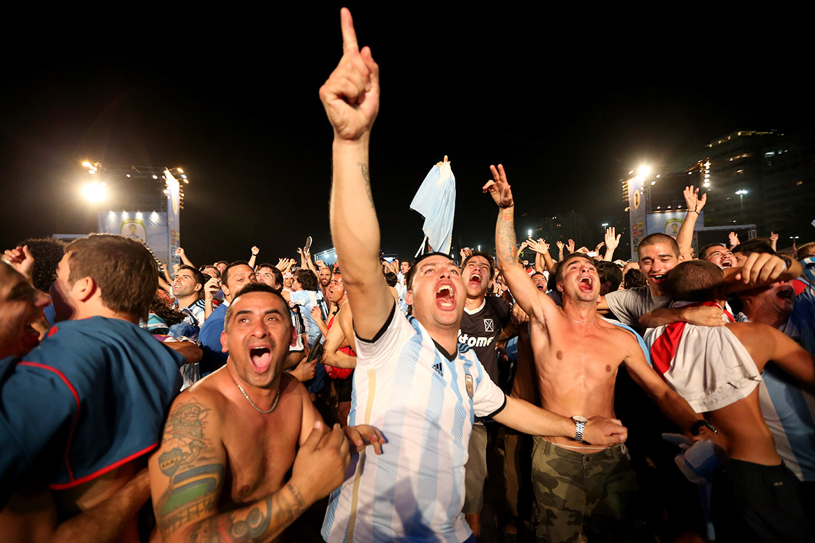 world cup argentina fans