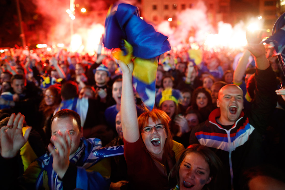 world cup bosnia fans