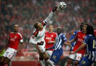 Benfica\'s goalkeeper Jan Oblak saves the ball during their Portuguese Premier League soccer match against Porto at Luz stadium in Lisbon January 12, 2014.
