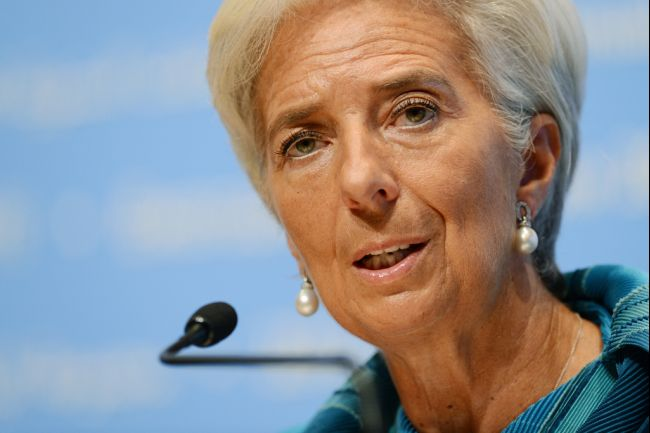 IMF Cuts Growth Forecast on US Economy