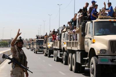 iraq volunteers trucks