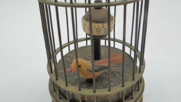 Ronnie Kray's birdcage from Broadmoor prison to be sold at auction