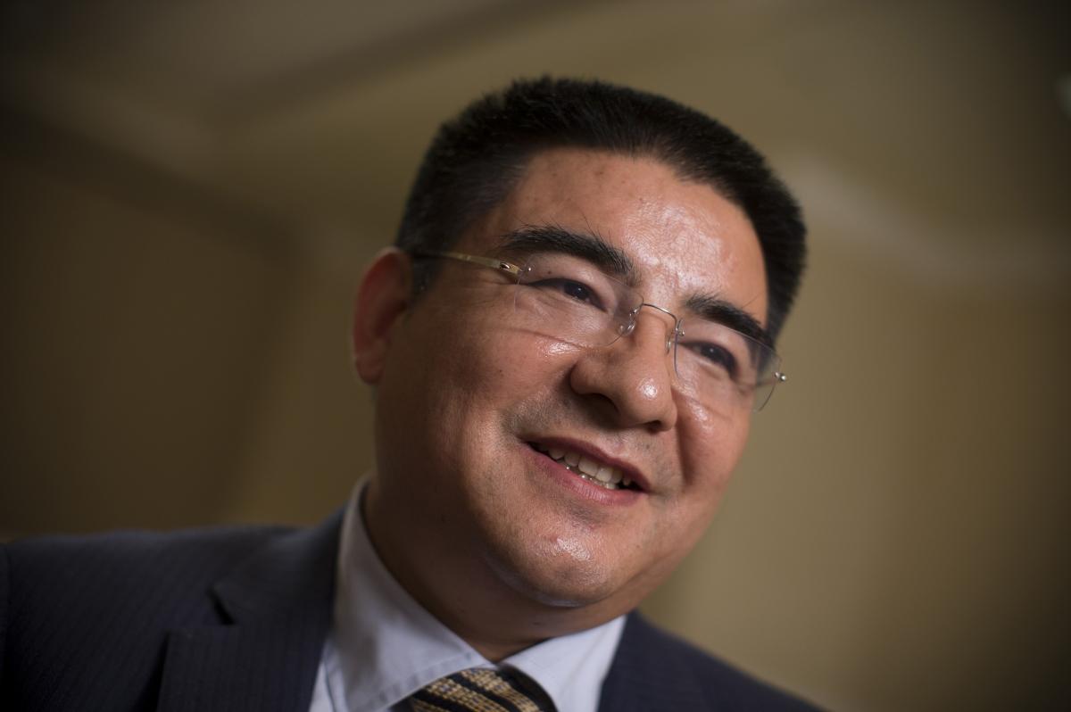 Eccentric Chinese Billionaire Chen Guangbiao Invites 1,000 Poor ...