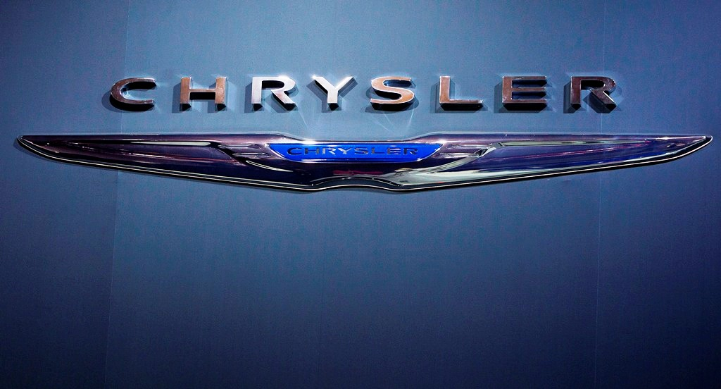 Chrysler Recalls 350,000 Vehicles to Fix Faulty Ignition Switches