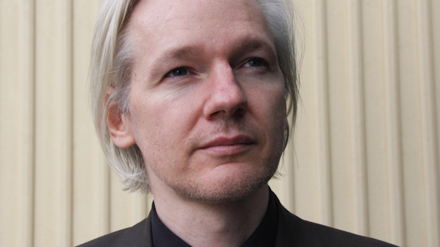 Julian Assange: US Attorney General Eric Holder Should Drop WikiLeaks Investigation or Resign