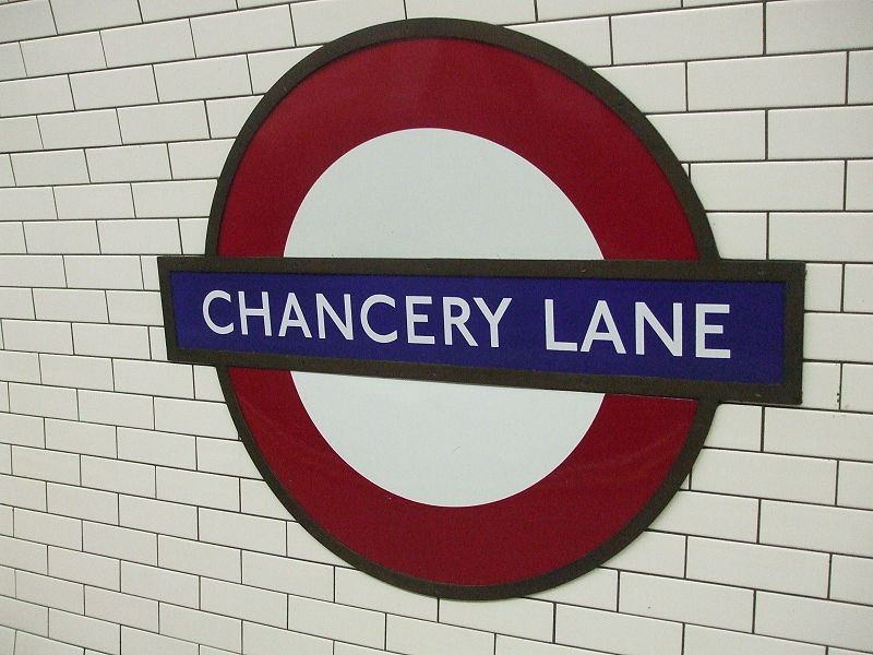 Smoking bag on Tube train at Chancery Lane caused panic and fear on Thursday