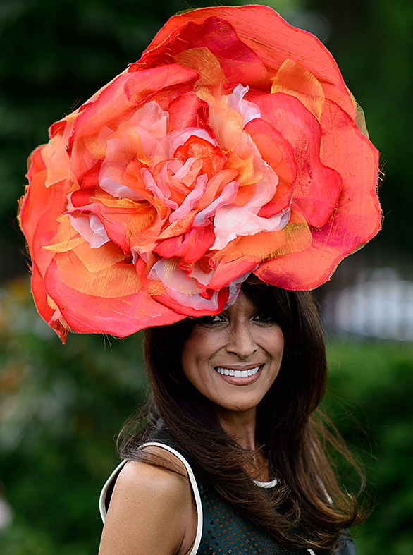 ascot hat flower