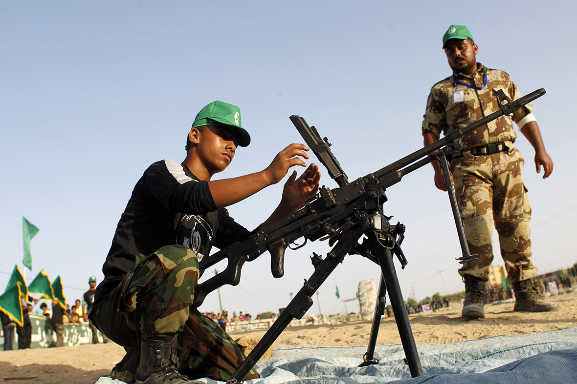 hamas summer camp rifle